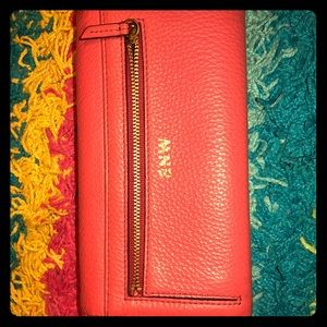 """Personalized """"SNW"""" Fossil RFID Pink Wallet"""